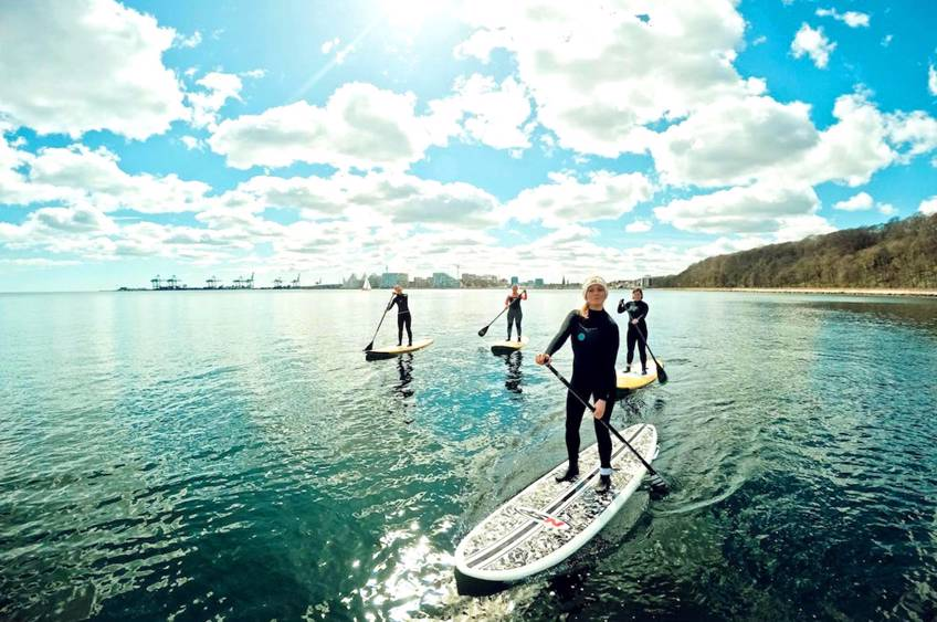 SUP-surf & sauna med Surf Agency